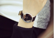 Retro Hollow Triangle Watch – Black